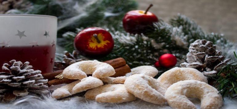 christmas traditions world holiday