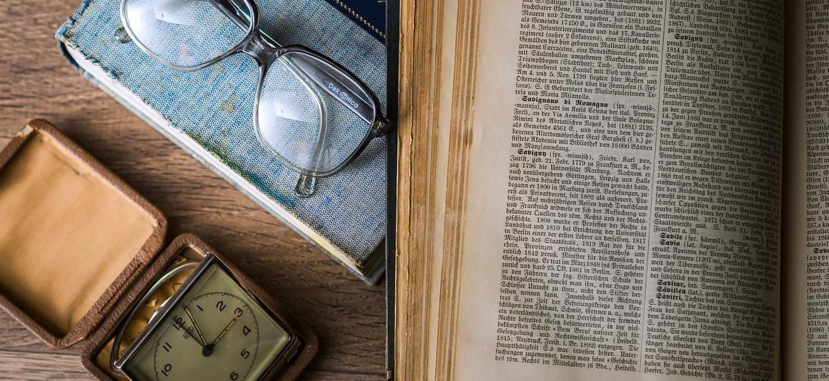 organize genealogy archive, preserve heirlooms, preserve keepsakes, family keepsakes