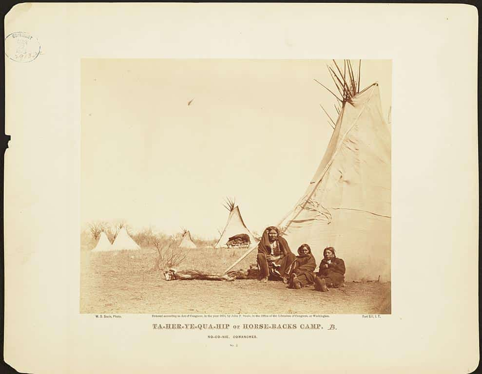 Antique photos of American Indians.