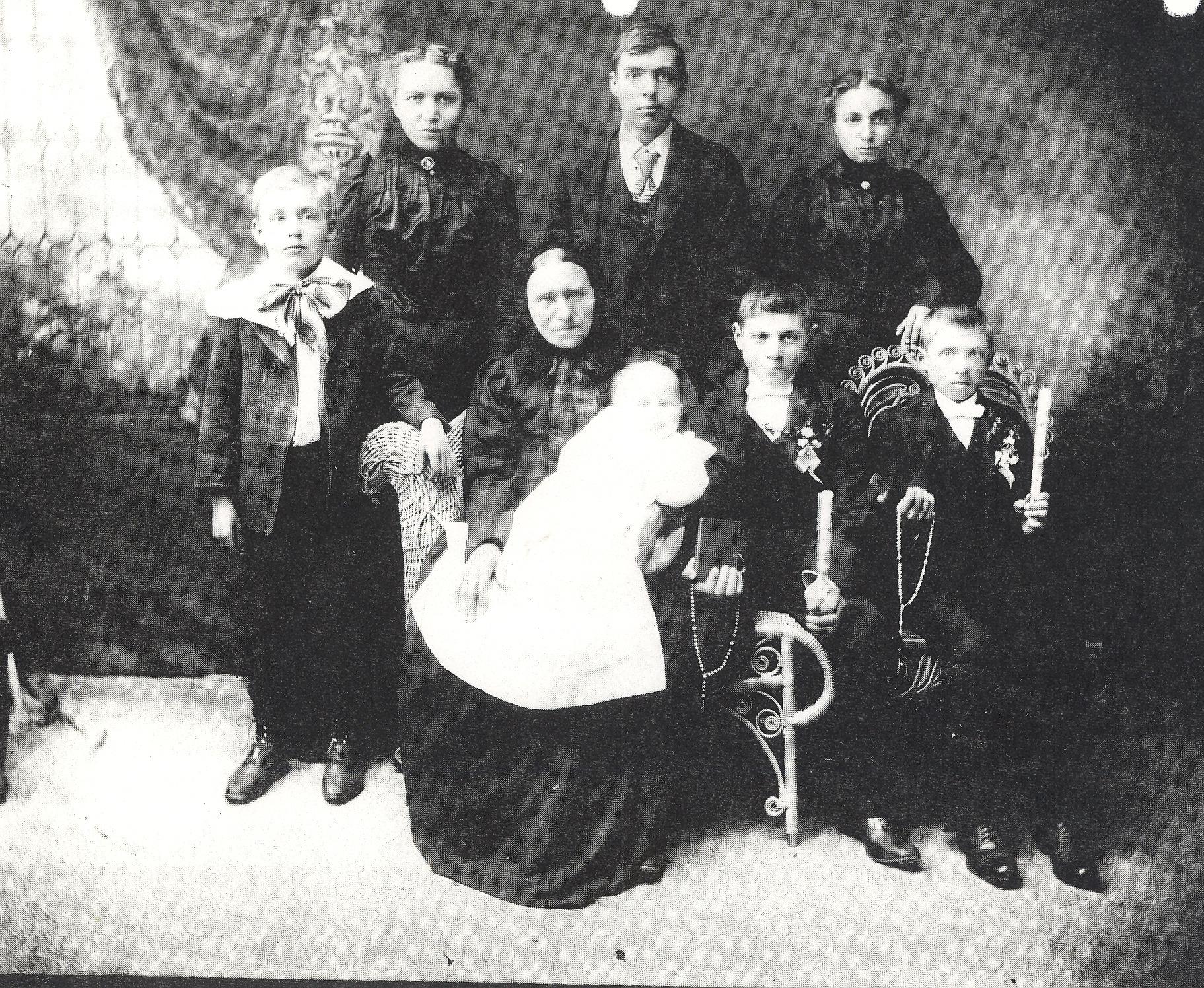 Dulas Simon 1901 .jpg