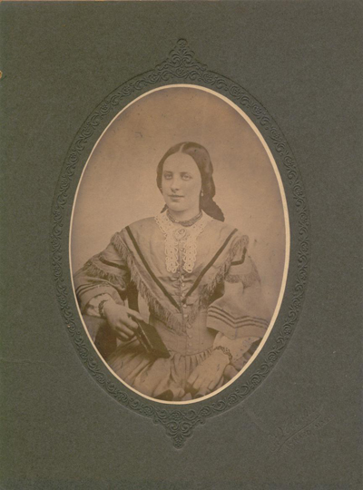 Dunkle - Moores family - About 1860.jpg