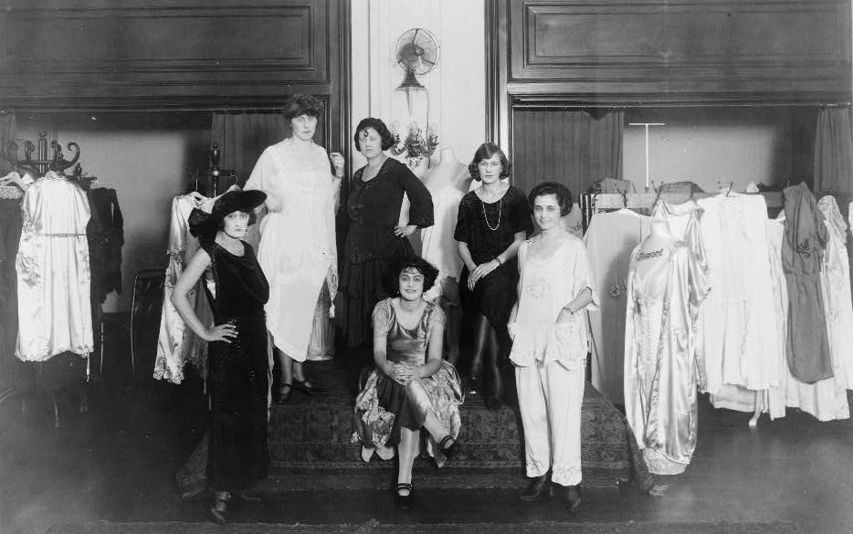 Fashion show at the Wells Shop, a store specializing in corsets, brassieres, hats, and bonnets, at 1331 G Street, N.W., Washington, D.C. [?, 1921] Image. Retrieved from the Library of Congress