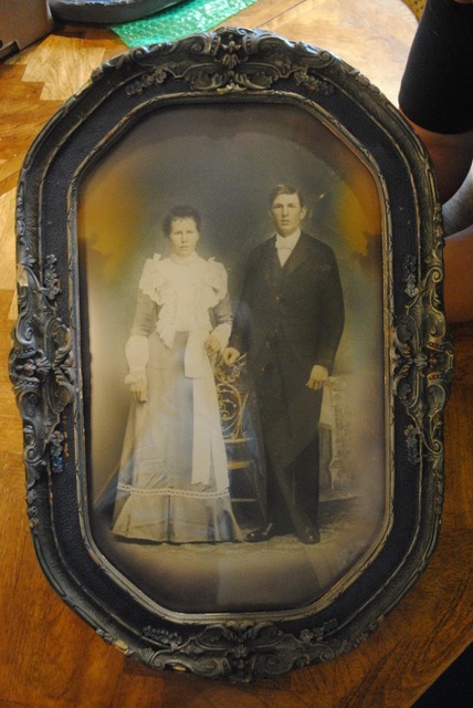 Identifying family ancestors photos heirloom married couple