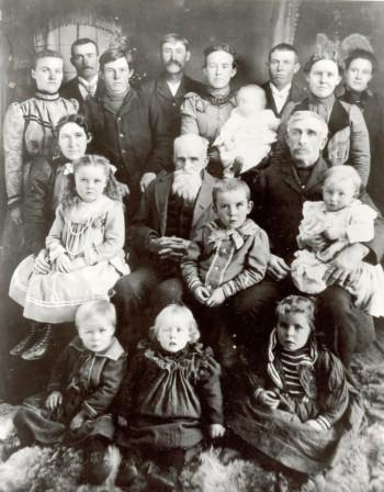 identifying ancestors in an old group photo