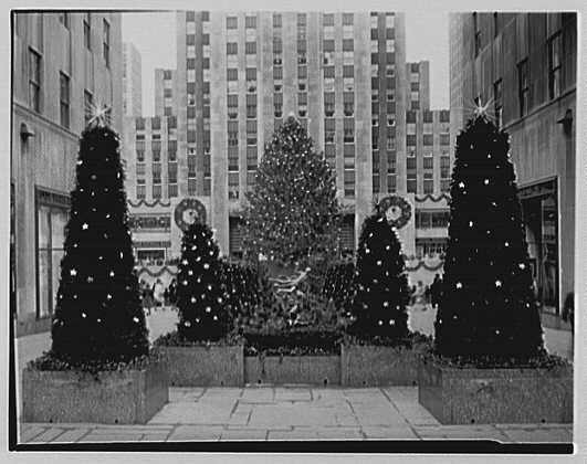 1943 rockefeller christmas tree