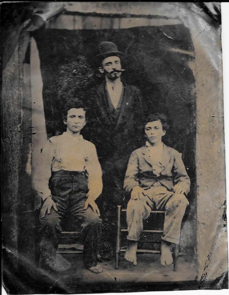 photo identification clues dating tintype