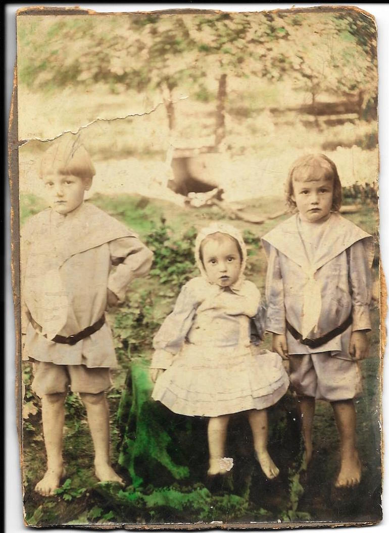 identifying children hand-colored photo