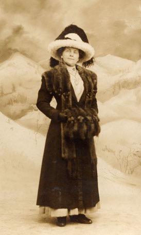 old photo identification
