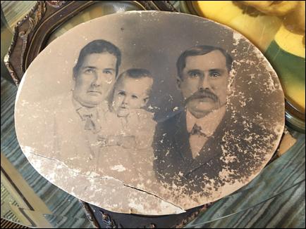 Preserving Damaged Family Photos Photo Detective