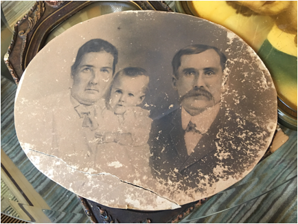 Preserving Damaged Family Photos Photo Detective