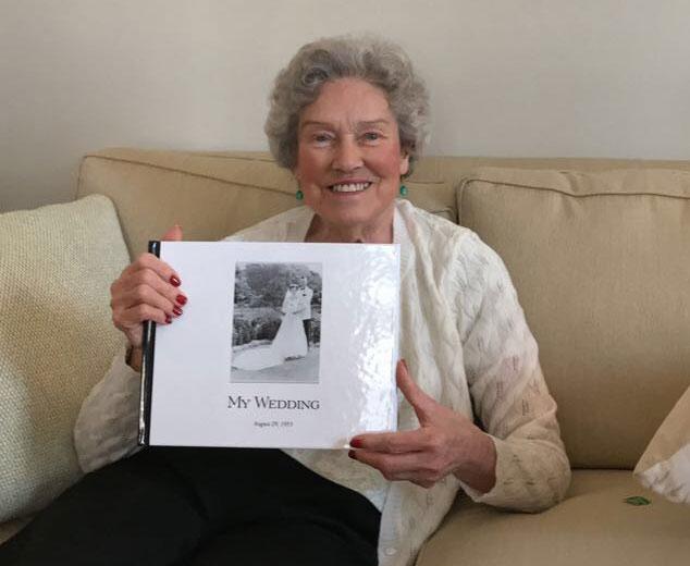 Vivid-Pix Restore Maureen Taylor's Mom