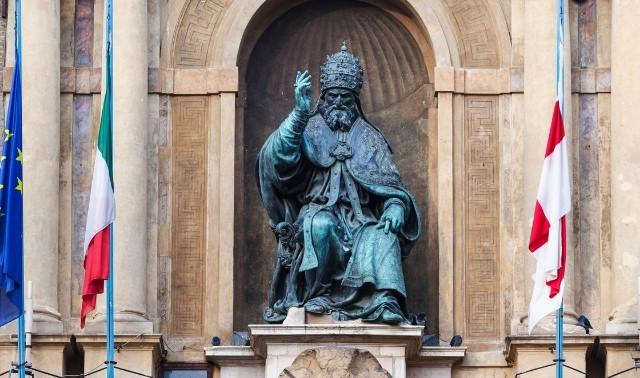 Statue of Pope Gregory XIII, creator of the Gregorian Calendar